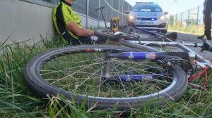 """Zderzenie hulajnogi z rowerem. """"Poważny uraz głowy"""""""