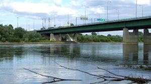 20 chętnych do przebudowy mostu