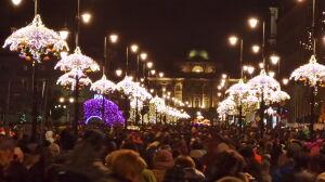 """Tłumy na Krakowskim Przedmieściu. """"Trzeba było wstrzymać paradę"""""""