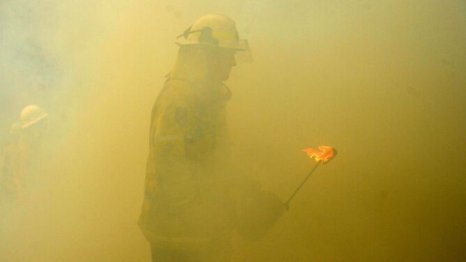 Ogień szaleje na wschodzie Australii. <br />Upały zwiększą zagrożenie