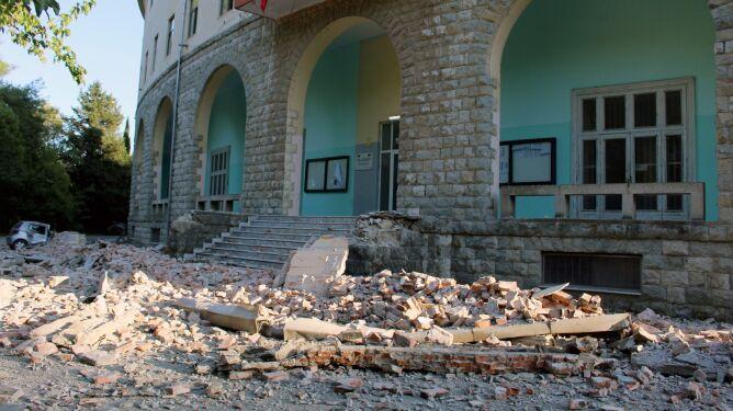 """""""Najsilniejsze trzęsienie ziemi w ostatnich 20-30 latach"""". Wzrósł bilans rannych w Albanii"""