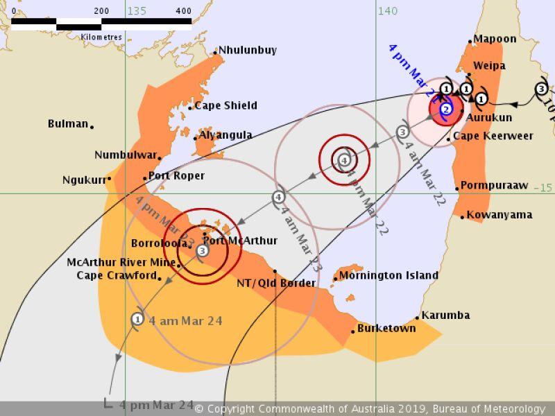 Prognozowana trasa przejścia cyklonu Trevor - stan na 21 marca na godzinę 10.00 (Bureau of Meteorology)